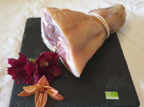 La Ferme du Montet - Jambon Sec BIO - Haut de Jambon - porc Noir Gascon - 1.3 kg