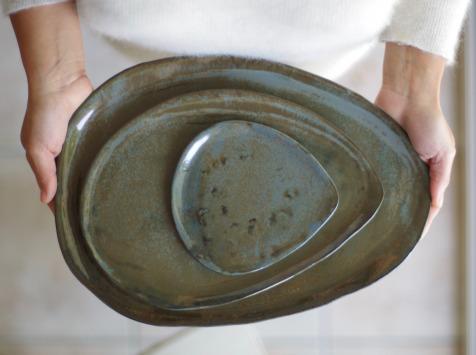 Atelier Eva Dejeanty - Service de Vaisselle en Céramique (grès) : Assiettes S, M et L modèle Cellule