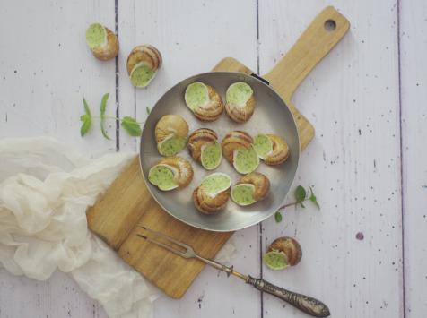 Limero l'Escargot Mayennais - Assiette De 12 Coquilles D'escargot Gros Gris Frais À La Bourguignonne - Lot de 5