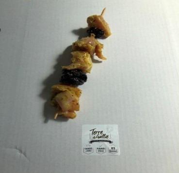 Terre de Gallie - Brochettes de lapin marinées moutarde et pruneaux X4