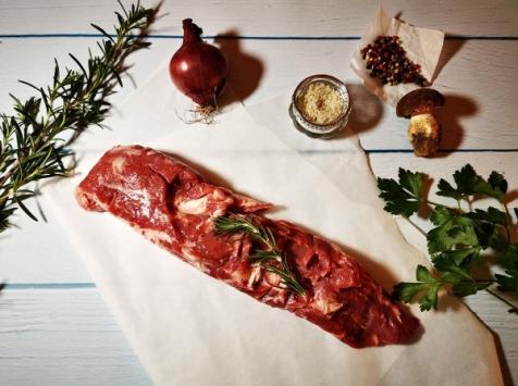 La Ferme Celtique - Filet Mignon de Porc Blanc de L'Ouest Élevé en Plein Air - environ 570gr - en Conversion BIO