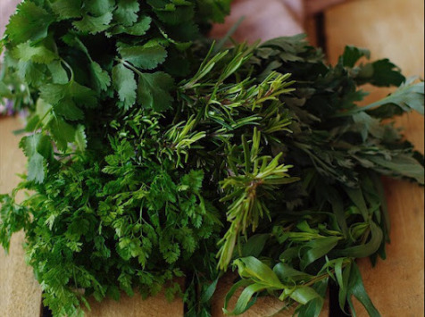 Maison Argentain - Petit Panier de Nos Herbes Aromatiques - 5 Bottes  : Classiques & Originales