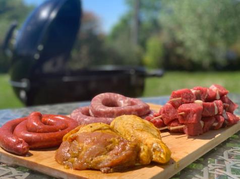 La ferme d'Enjacquet - Colis Barbecue Boeuf / Poulet / Porc Pour 6 Personnes.