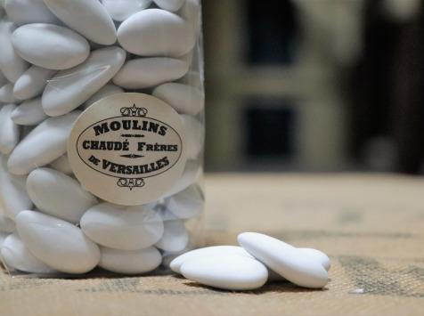 Moulins de Versailles - Dragées blanches aux amandes catalanes - 250g