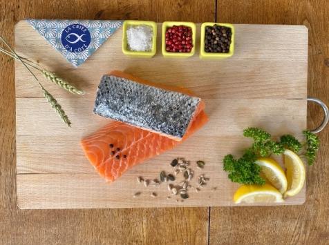 La Criée d'à Côté - Pavés de Saumon sur peau - 5 pavés - 1 kg