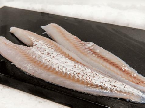 Pêcheries Les Brisants - Filet de Merlan - Pelé - Lot de 1kg