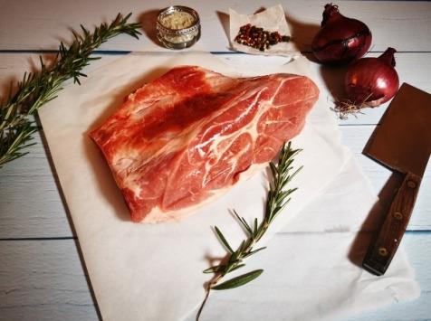 La Ferme Celtique - Palette de Porc Blanc de L'Ouest Élevé en Plein Air  - environ 1.100 kg - en Conversion BIO