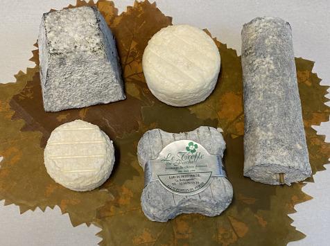Le Petit Perche - Composition intermédiaire : Nos fromages de chèvre + 1 Mini Perche Offert