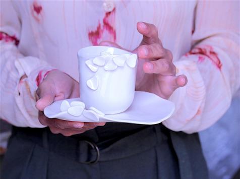 Atelier Eva Dejeanty - Tasse en porcelaine Eclosion M